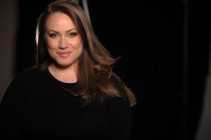 Melissa Barrotti, necesita el voto de los latinos para estar entre las mejores 5 maquilladors canadienses.