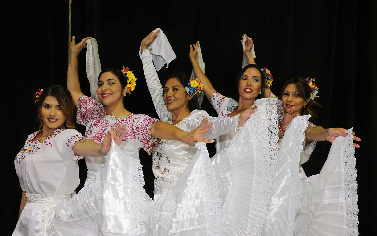 El grupo de baile Rosario Vega