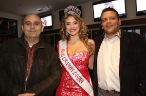 Oscar Avendaño, Ninela Sanchez y Leo-Castaño