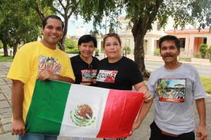 Una familia que vino a Cuba a ver al Papa desde el norte de México. Foto: F. Velez