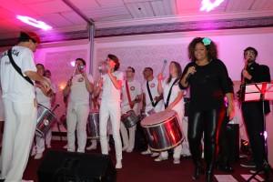 La Escuela de Samba de Toronto con su batucada.