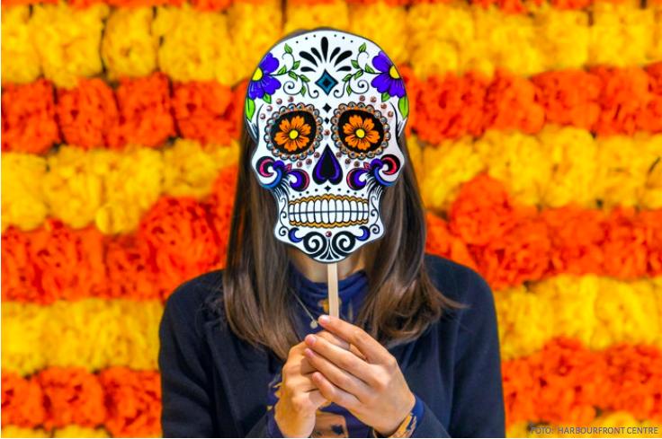 Celebraciones virtuales de Día de Muertos en varias ciudades y pantallas