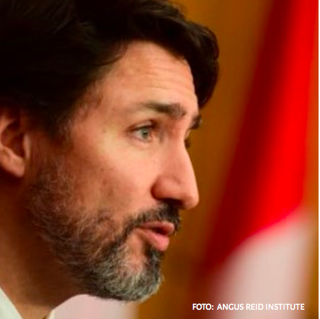 Canadians equally divided over whether they approve or disapprove Trudeau