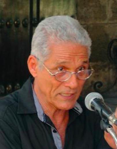 Escribir sin encasillarse, el reto del narrador cubano Rodolfo Alpízar Castillo