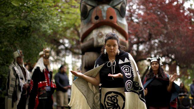 Canadá prioriza comunidades indígenas vs Covid-19
