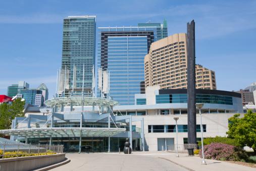 Abrirá clínica de vacunación contra Covid-19 en Centro de Convenciones Metro Toronto