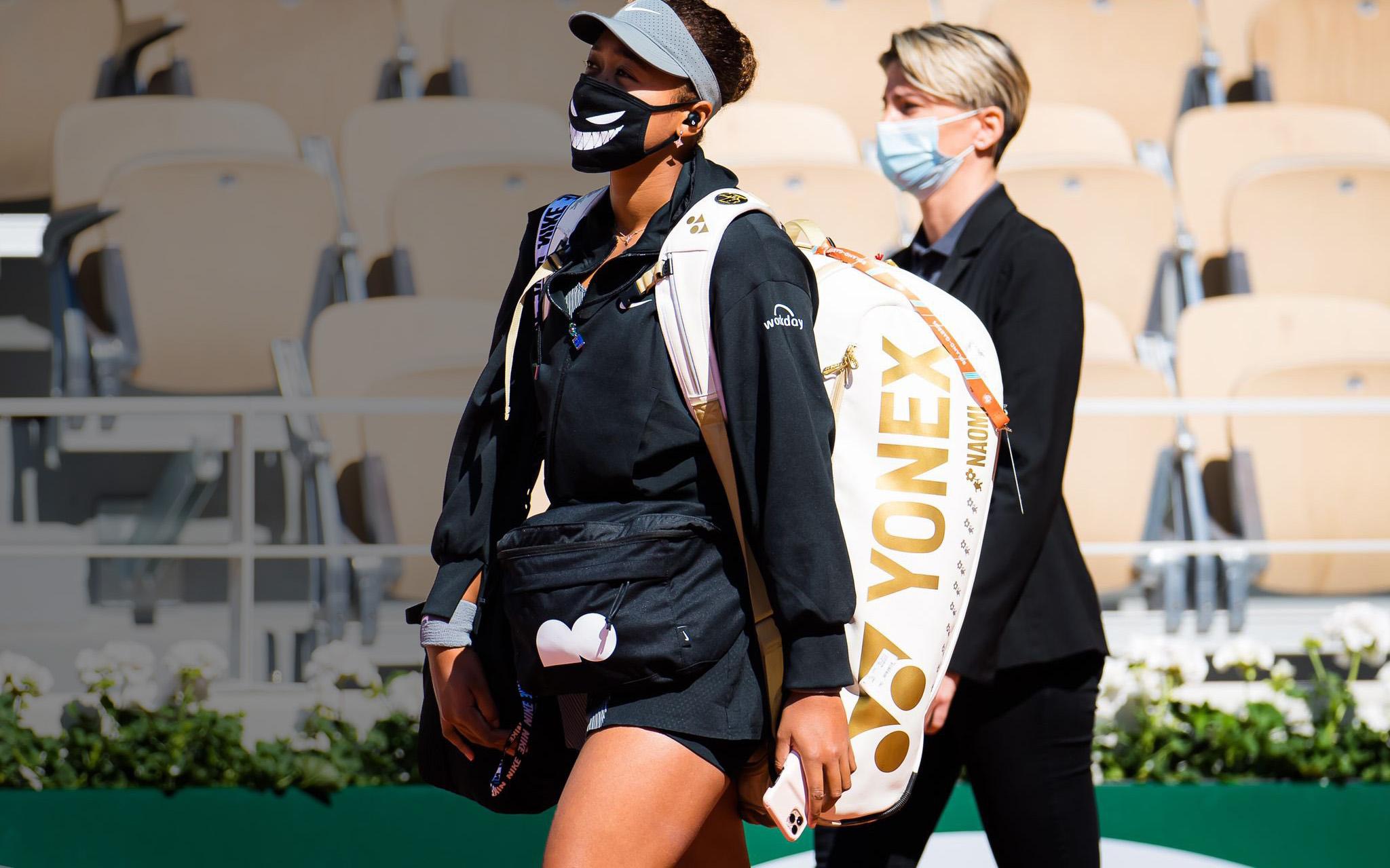 Naomi Osaka le planta cara al tenis y la depresión