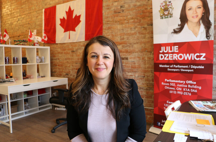 Feminista, ecologista y defensora de los inmigrantes: Julie Dzerowicz busca reelección