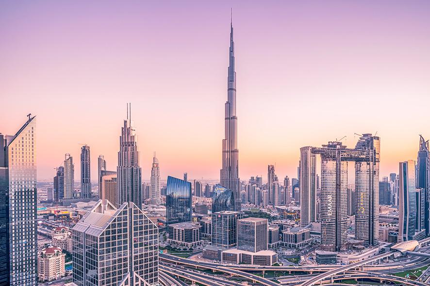 Emiratos Árabes Unidos abrirá puertas a vacunados contra Covid-19