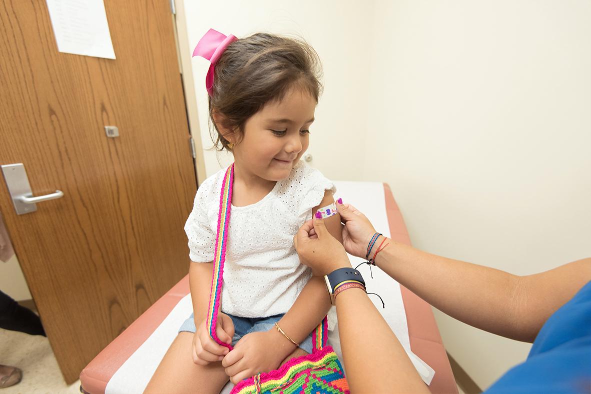 Uno de cada dos padres canadienses dice estar listos para vacunar a sus niños